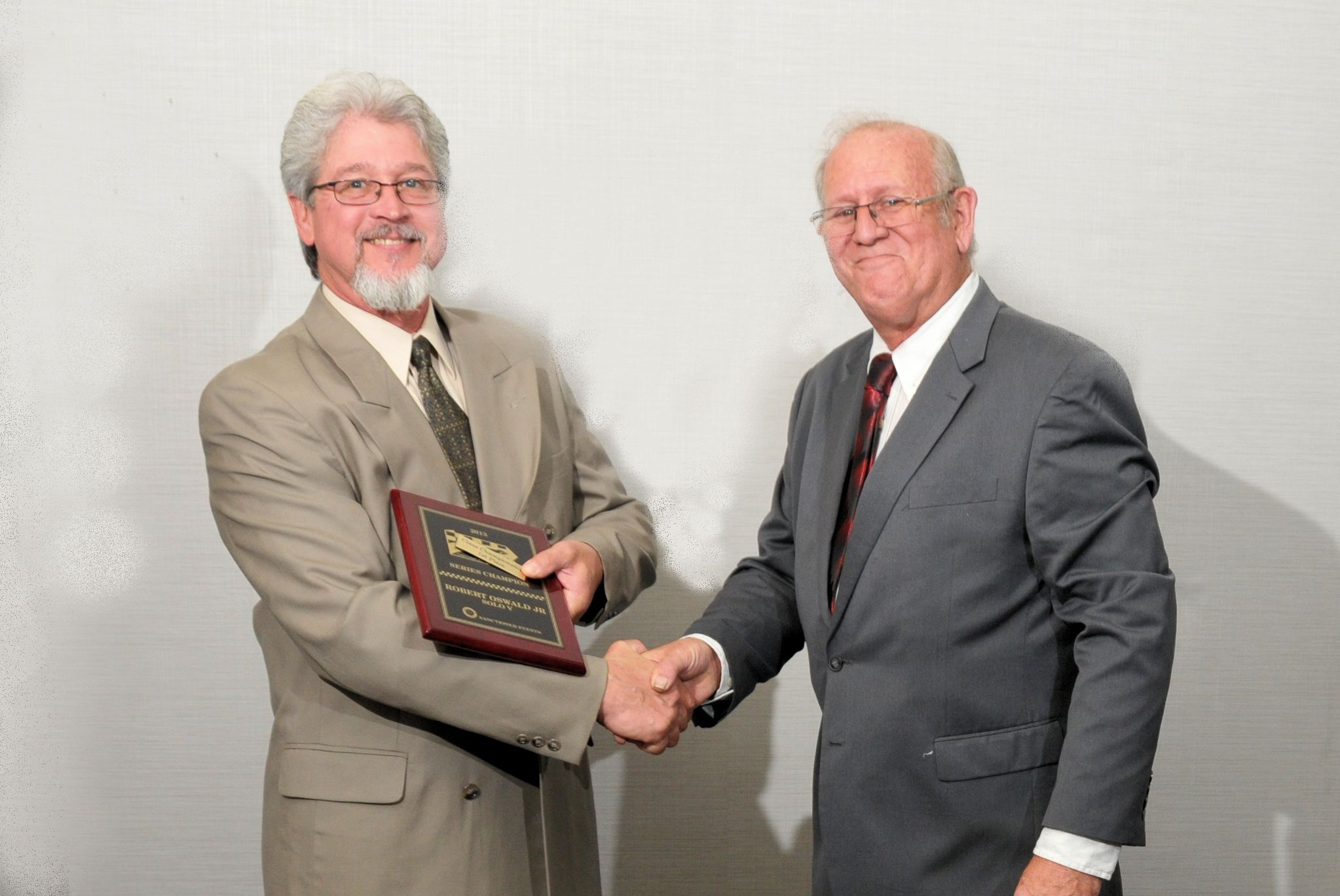 Solo V - Robert Oswald Jr. with PHA President Tom Knorr